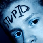6 signs of Stupid they should wear on their foreheads