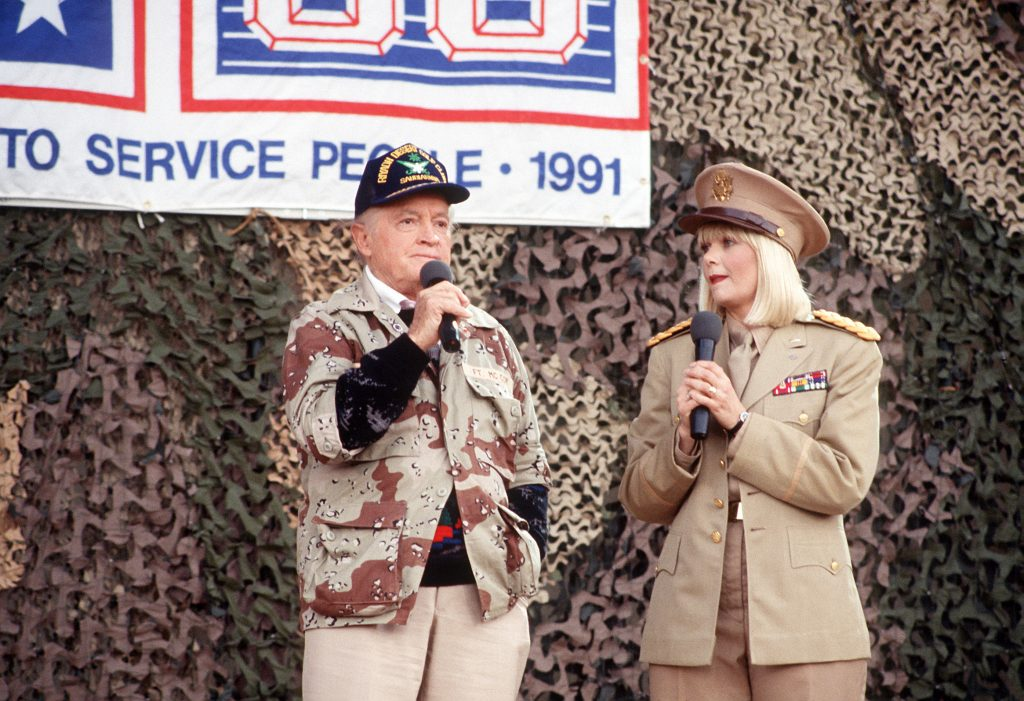 Bob Hope and Ann Jillian entertain troups